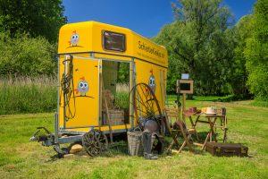 De Paardentrailer, een echte paardentrailer welke als photobooth wordt verhuurd in Limburg